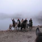 На лошадях у озера Хуко