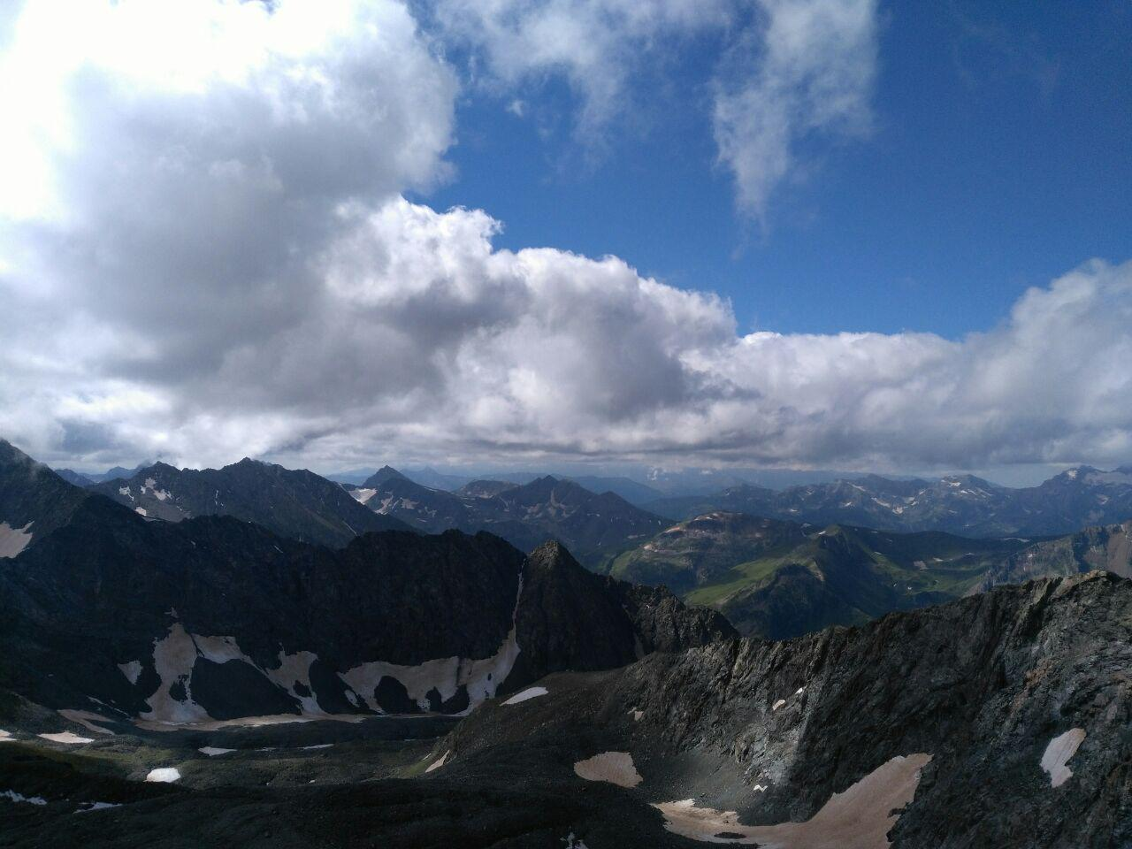 Вид с вершины горы Цахвоа